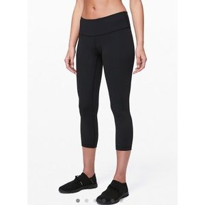 Lululemon Wunder Under 21 in. Low Rise Crop